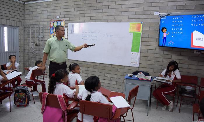 Los docentes dicen que los estudiantes requieren espacios de calidad para su desarrollo educativo.