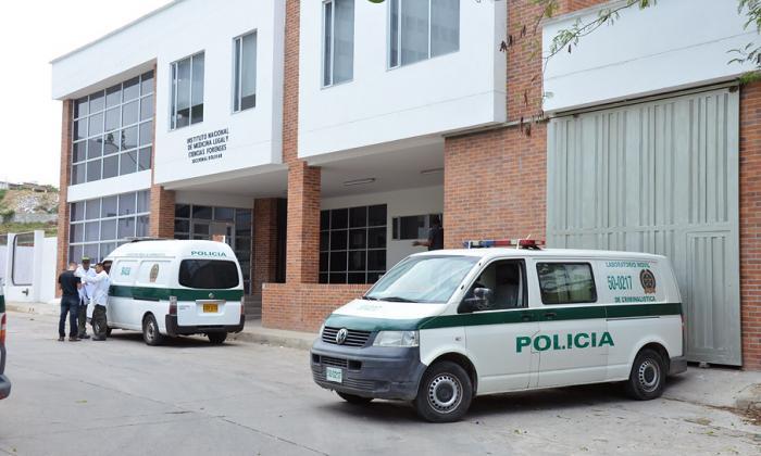 Bala perdida mata a mujer en Arjona