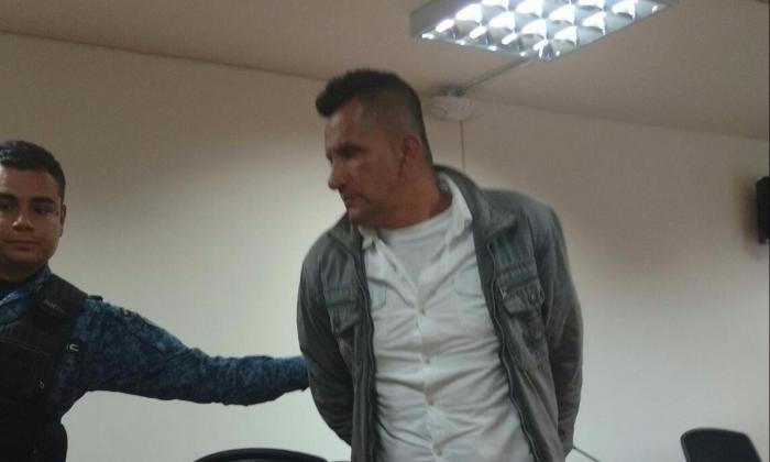 Hombre que fue condenado a 19 años y seis meses de prisión por abusar sexualmente de su hija durante diez años en Bogotá.