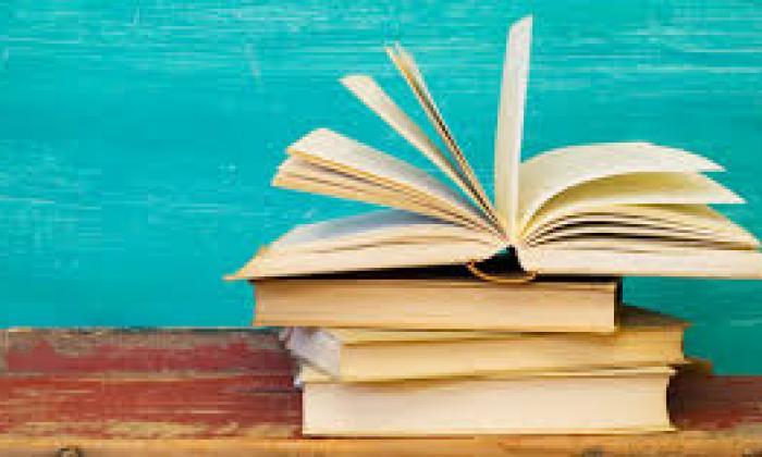 Estante de libros 1 de junio 2017