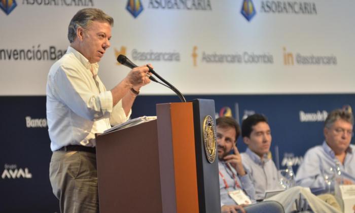 El presidente Juan Manuel Santos durante la clausura de Asobancaria.