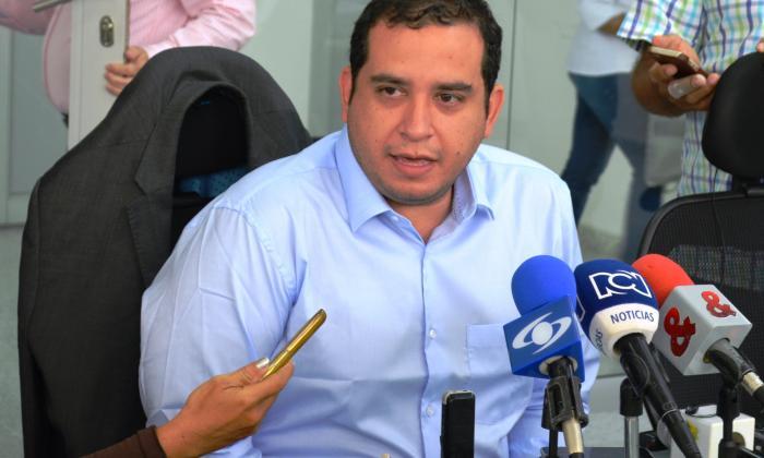 Alcalde Quessep dice que no sabía que a su papá lo extorsionaban