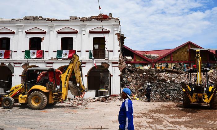 Son 96 las víctimas mortales que deja terremoto en México