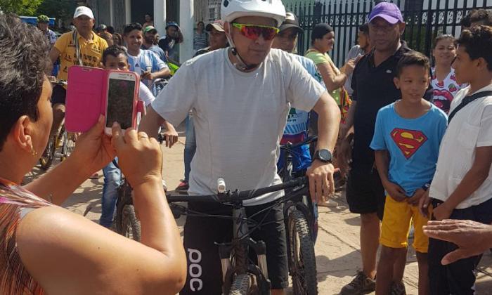 """""""No a todo se le puede llamar vallenato"""": Celedón"""