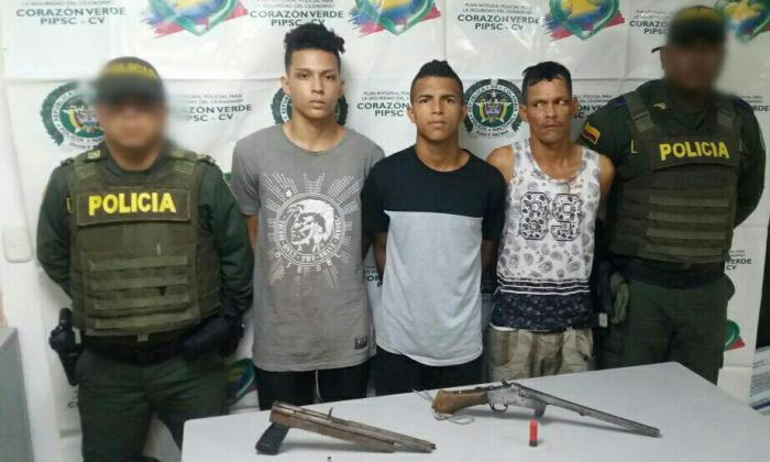 Los tres capturados por la Policía tras el enfrentamiento en Las Gardenias.