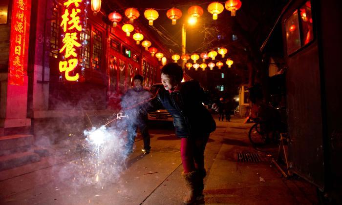 China prohíbe los tradicionales petardos para Año Nuevo