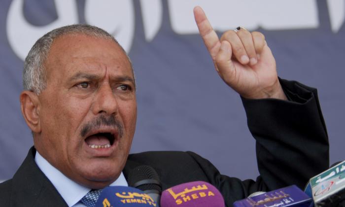 Expresidente Saleh muere durante los combates en Yemen