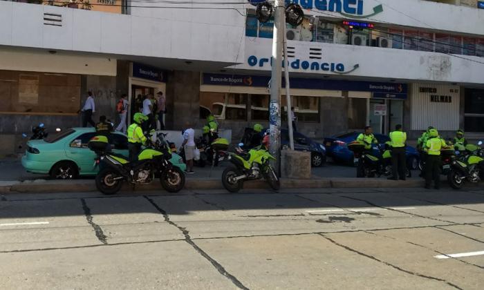 El punto bancario, ubicado en la calle 53 con carrera 46, en el que ocurrió el robo.
