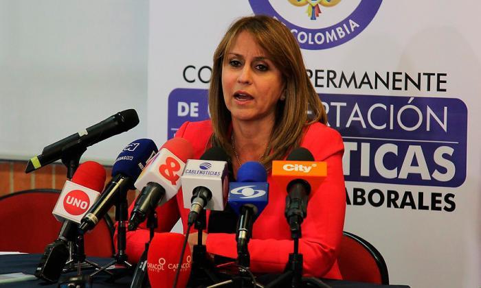 Griselda Restrepo, ministra de Trabajo, durante una rueda de prensa.