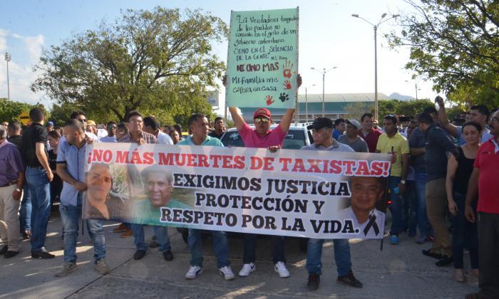Los taxistas samarios exigieron justicia, protección y respeto