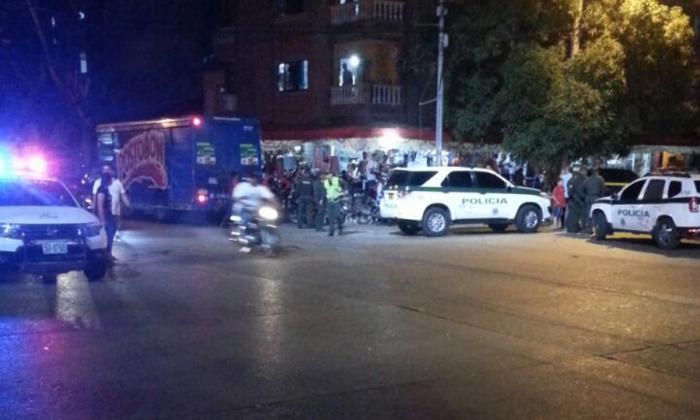 Retiran maletín sospechoso en el barrio El Recreo: contenía artículos de peluquería