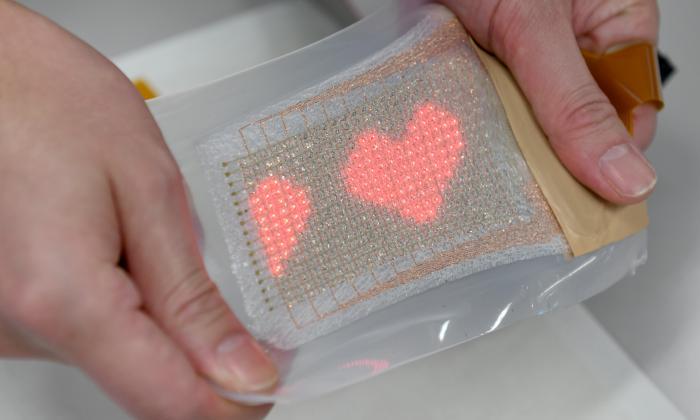 Un japonés inventa una pantalla de LED comparable a una segunda piel