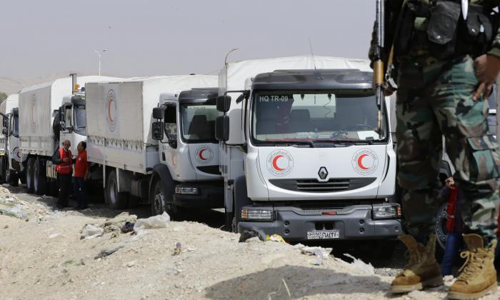 Convoy humanitario ingresa a Guta Oriental tras bombardeos que dejan 14 muertos