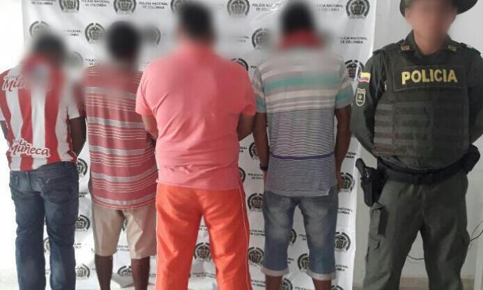 Algunos de los capturados por la Policía Ambiental y Ecológica de Bolívar.