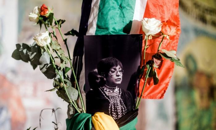Winnie Mandela murió a los 81 años.