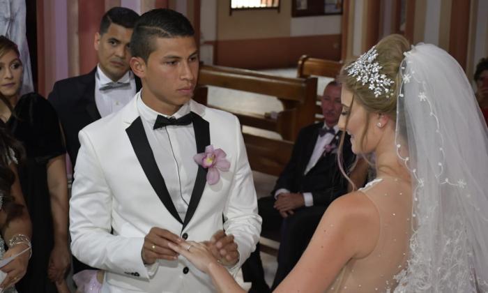 Alexis Pérez y Leanne Sasha Shillingfor durante su matrimonio.