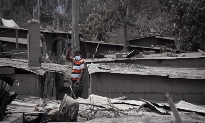 Casi 200 desaparecidos por erupción de volcán de Fuego en Guatemala