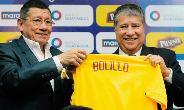 El entrenador colombiano Hernán Darío