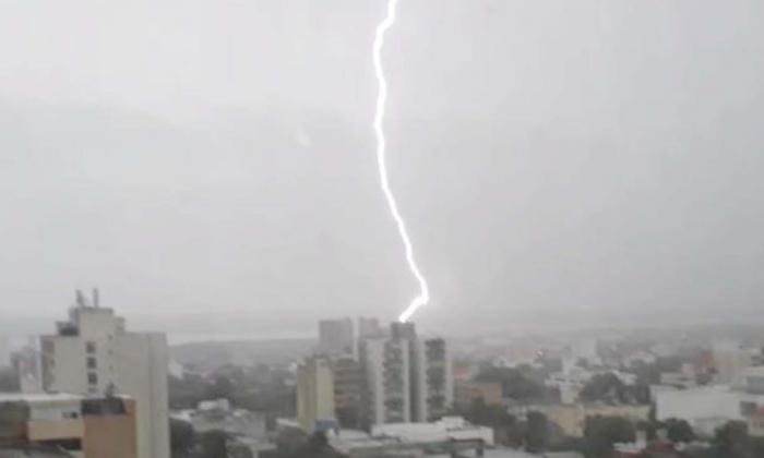 En video | La tormenta eléctrica de este viernes en Barranquilla