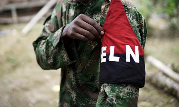 Turba enfurecida impide captura de integrante del Eln en Cauca: Mindefensa