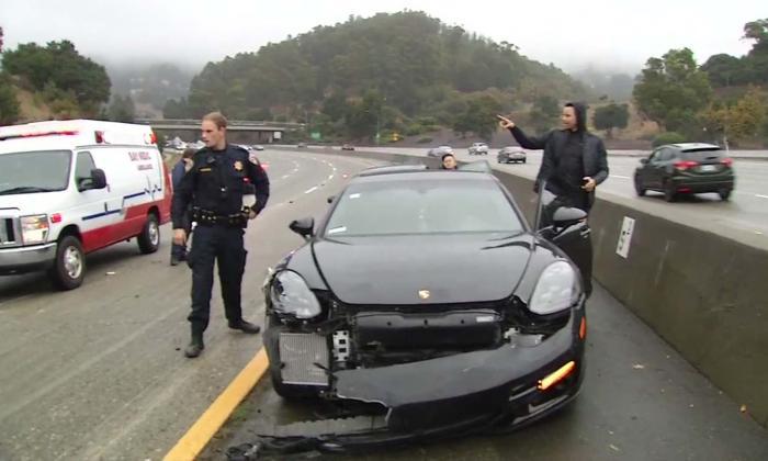 Stephen Curry sale ileso de un accidente automovilístico en Oakland