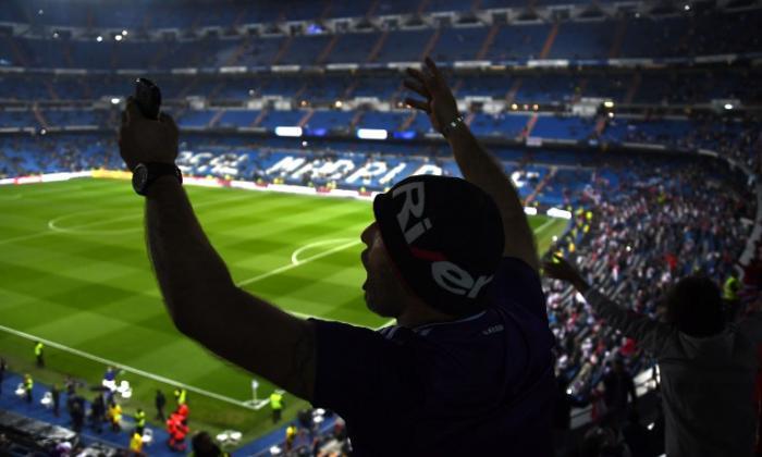 Los aficionados se vuelcan al Santiago Bernabéu para la Superfinal Boca-River