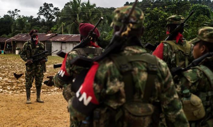 Diálogos de paz siguen en total incertidumbre pese a gesto del ELN