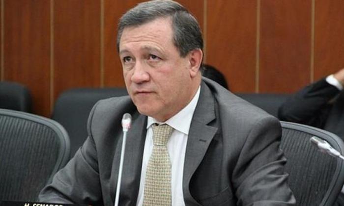 Ernesto Macías, presidente del Senado de la República.