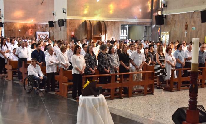 Familiares y amigos asistieron a la misa de ceniza de Eduardo Verano Prieto.