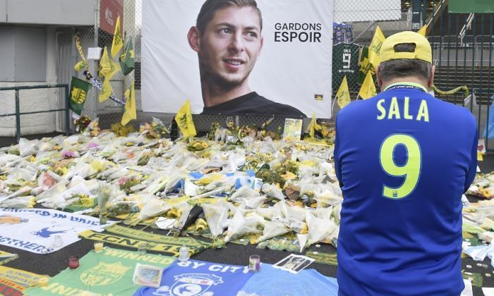 El entrenador y el director general del Cardiff acudirán al funeral de Sala