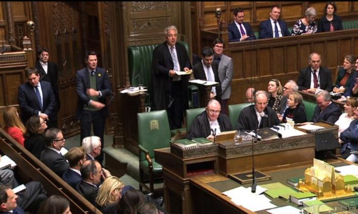 En video | Parlamento británico vuelve a rechazar todas las alternativas al Brexit de May
