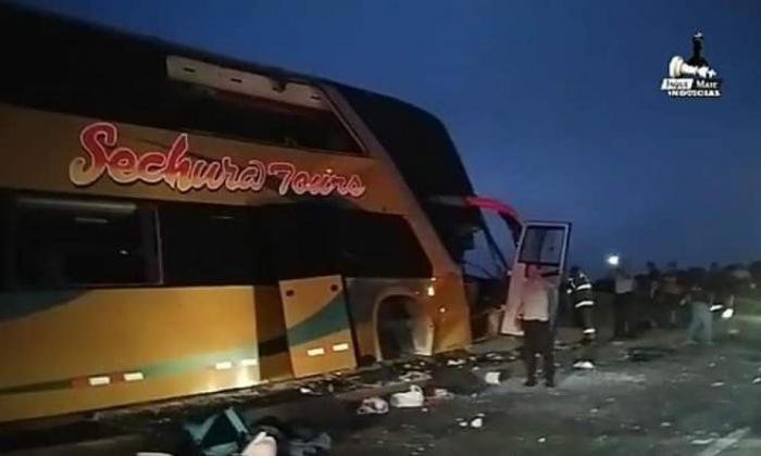 Accidente de autobús con simpatizantes de Alan García deja al menos siete muertos