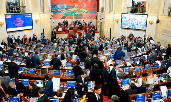 Los debates por la JEP y el PND retrasaron la agenda legislativa en el Congreso.