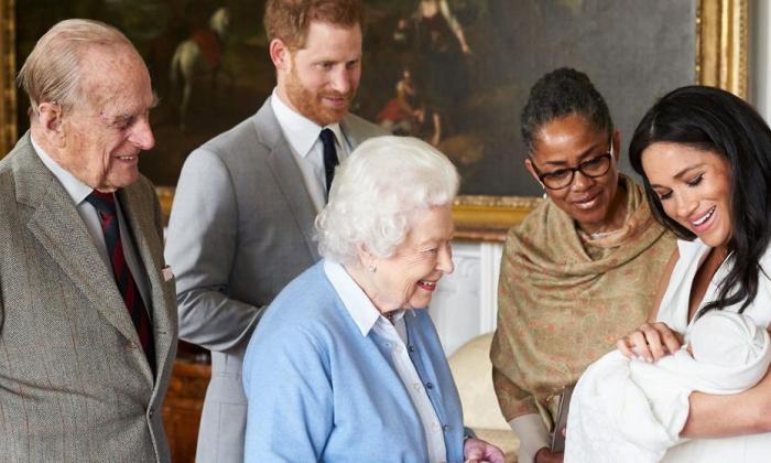 Archie, el hijo del príncipe Harry y Meghan, entre el racismo y el progreso
