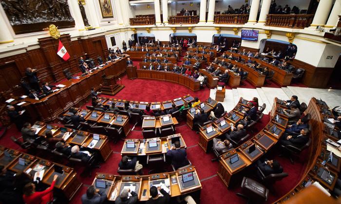 Gobierno peruano sustentó moción de confianza a reformas