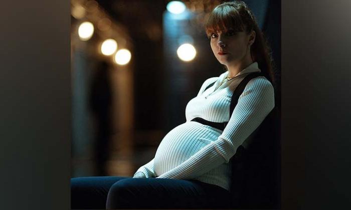 Consejos para embarazadas que 'La casa de papel' no sigue