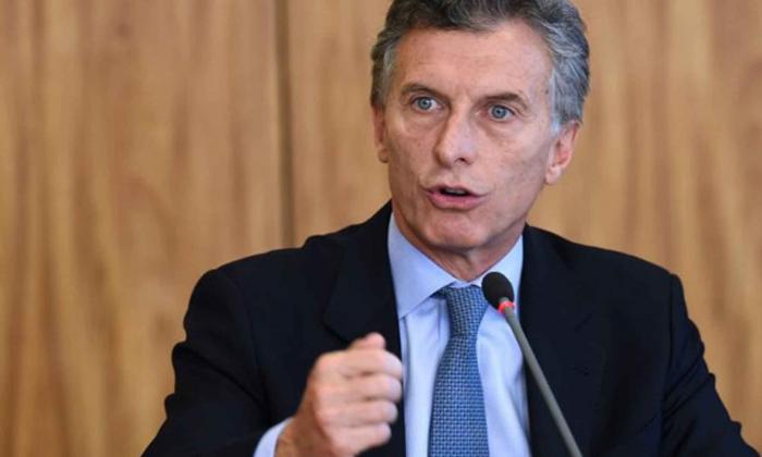 Macri dice que estabilizará moneda Argentina