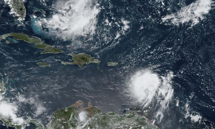 Puerto Rico se moviliza ante la llegada de tormenta Dorian