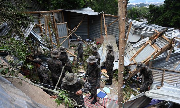 Centroamérica se mantiene en alerta por temporada de lluvias
