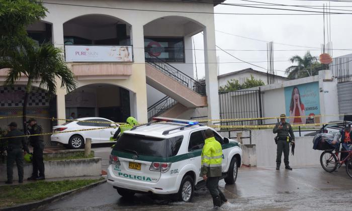 Capo guajiro y escolta, asesinados en centro comercial del norte de Barranquilla