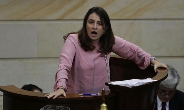Delitos sexuales a justicia ordinaria provocó encendido debate en Senado