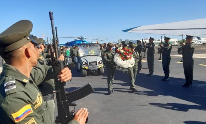 Calle de honor para el patrullero William Alejandro Parrado Pedraza, asesinado en un ataque armado en Turbaco.