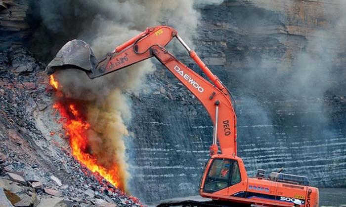 Los contaminantes producidos por la autocombustión de carbones dañan el ambiente y hábitats cercanos.