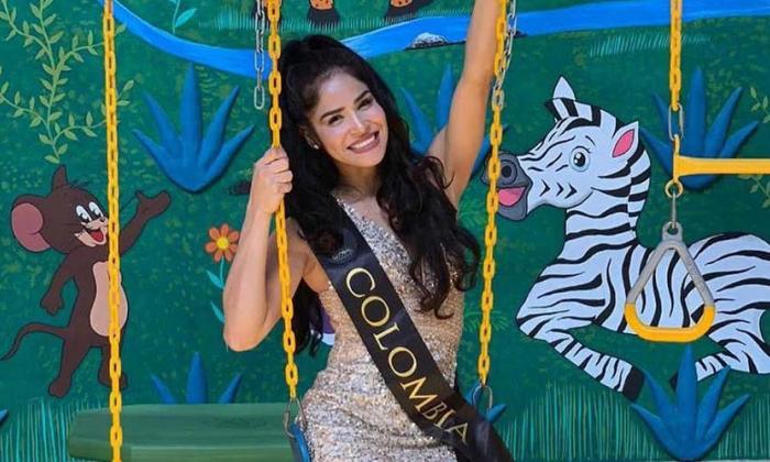 En video | Candidata colombiana arma escándalo en final de Miss Global 2020 y evita un fraude