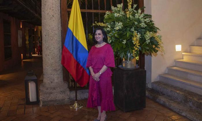 """El régimen de Maduro protege delincuentes"": Claudia Blum, canciller de Colombia"