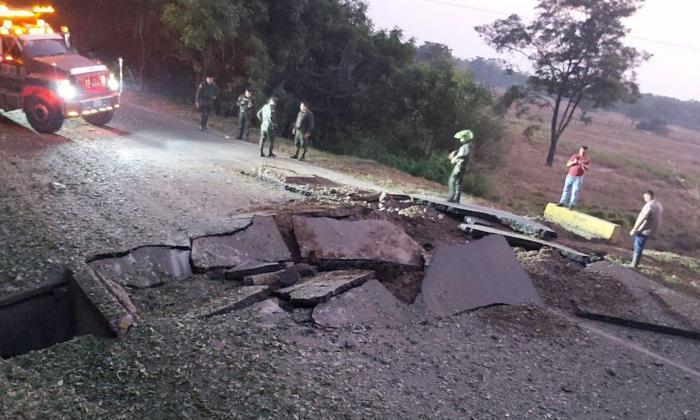 Ataque del Eln destruye vía y deja incomunicado al Catatumbo con la costa Caribe