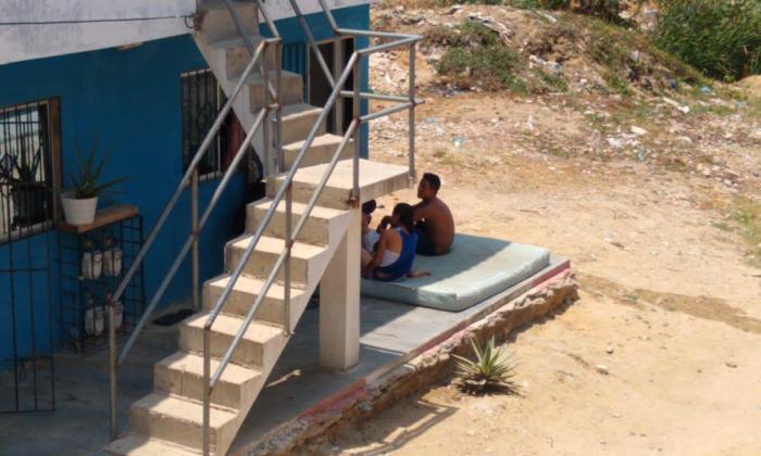 """""""Sin luz no hay forma de hacer cuarentena"""": habitantes de La Pradera"""