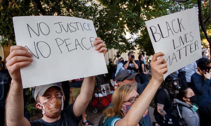 Las protestas por la violencia policial en EEUU apuntan ahora a Trump
