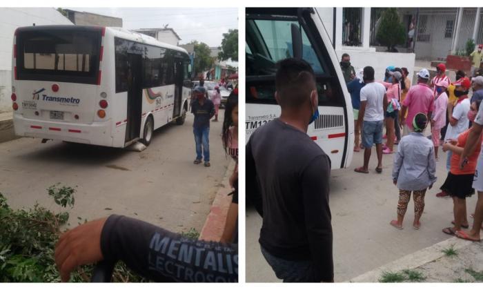 Retienen ruta de Transmetro en Soledad