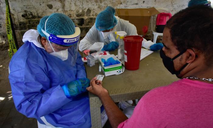 Toma de muestras de coronavirus.